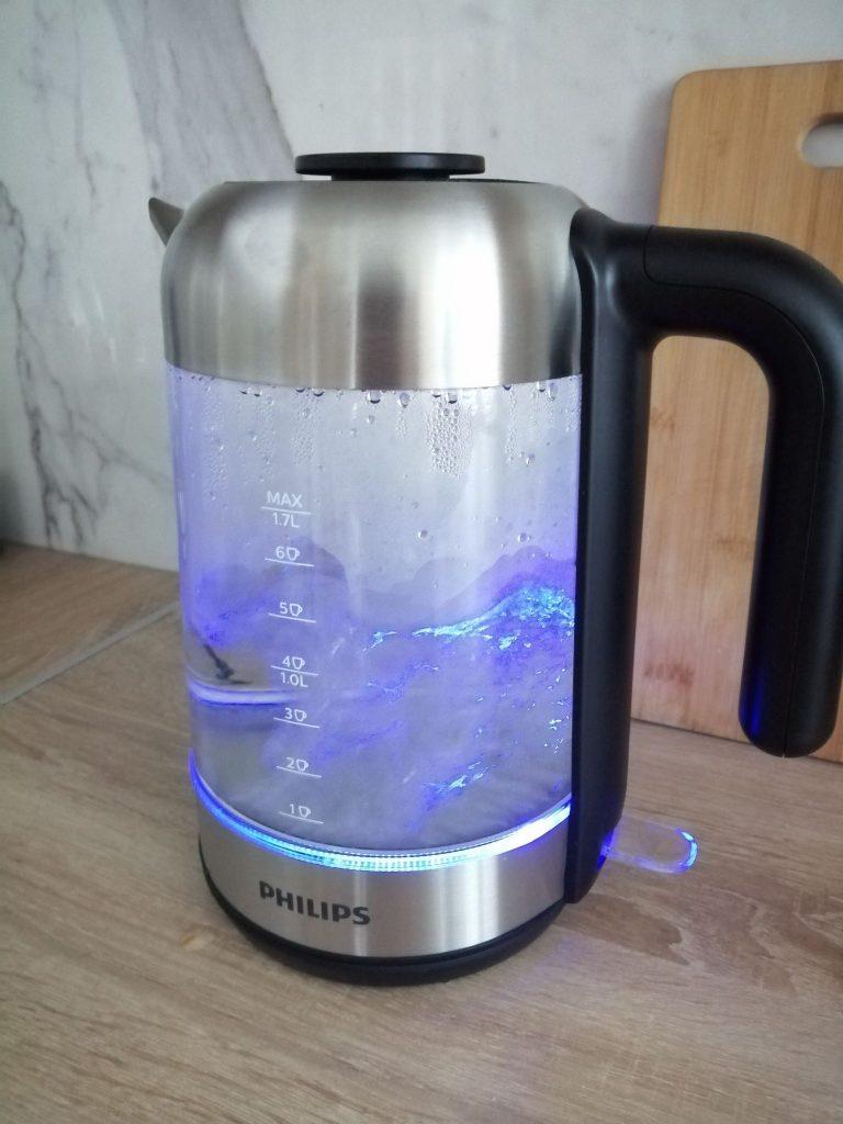Ấm Đun Nước Siêu Tốc Philips HD9339/81 với thiết kế đèn LED nổi bật, hiện đại
